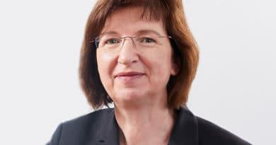 Kathrin Moeckel von HAYS zu Selbstverwirklichung und Ausbeutung auf dem SAATKORN Blog