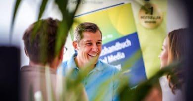 Praxishandbuch Social Media Recruiting Herausgeber Ralph Dannhaeuser im SAATKORN Blog