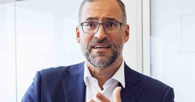 NEW WORK BULLSHIT: Buchverlosung mit Carlos Frischmuth