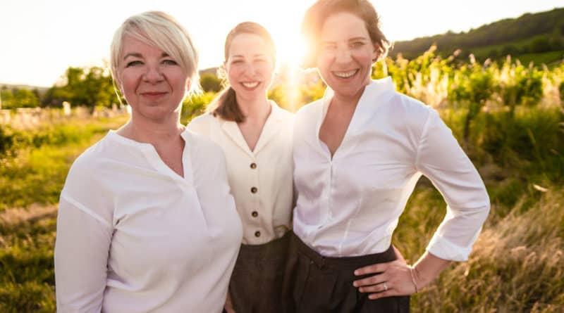 OUR PATTERNS Teresa Zimmermann Foto Jeanny-Gucher HR Startup SAATKORN